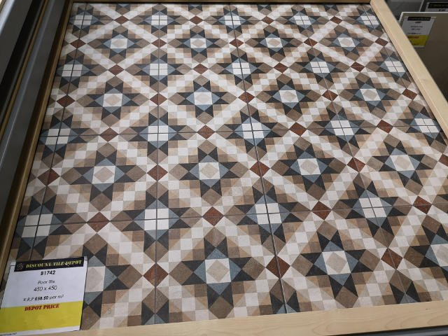 Encaustic Style Tile B01742